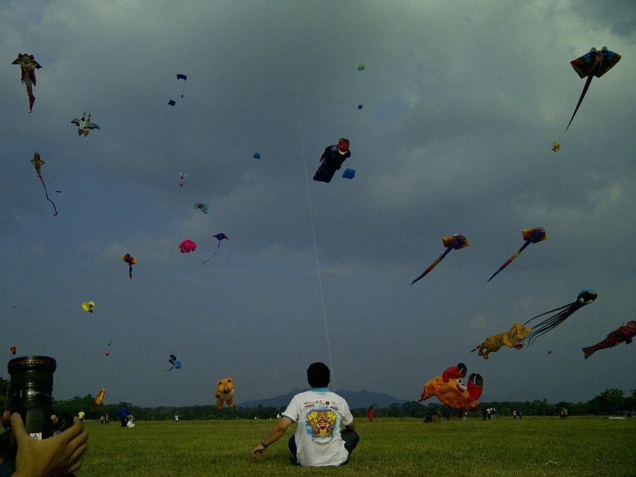 fly, kites, and indonesia image
