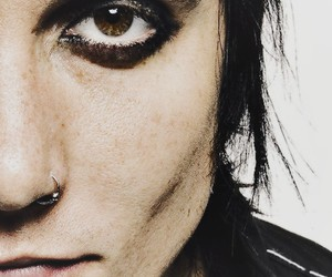 eyes, synyster, and synyster gates image