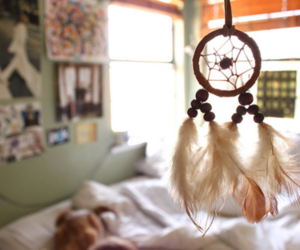 dream catcher, photography, and room image