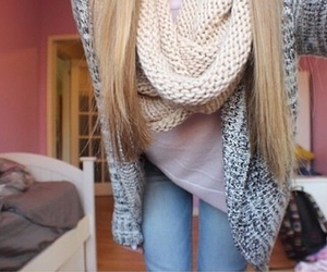 scarf, outfit, and blonde image