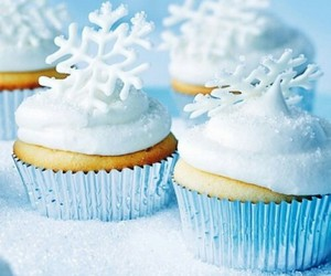 pretty, snowflakes, and yummy image