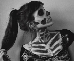 art, skullcandy, and black image