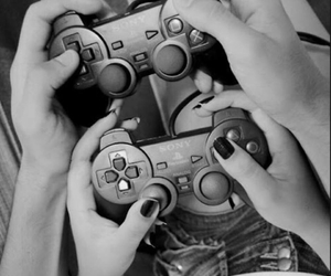 adorable, couple, and gaming image