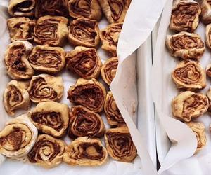food and Cinnamon image