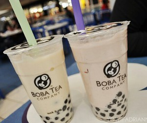bubble tea, tea, and drink image
