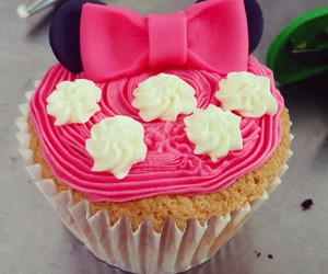 cupcake, minnie, and sweet image
