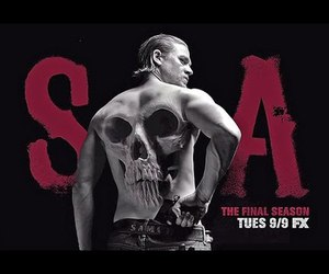 Charlie Hunnam, sons of anarchy, and final ride image