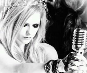 Avril Lavigne, music, and pop image