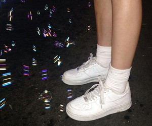 nike, bubbles, and grunge image