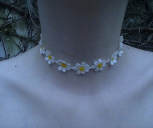 pale, grunge, and flowers image
