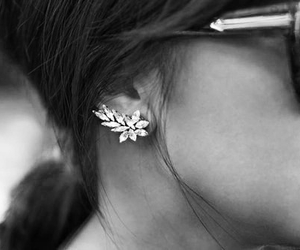 black and white, details, and diamonds image