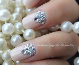 nails and diamonds image