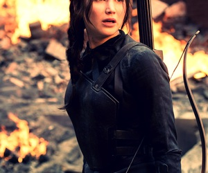 Jennifer Lawrence, katniss everdeen, and mockingjay image