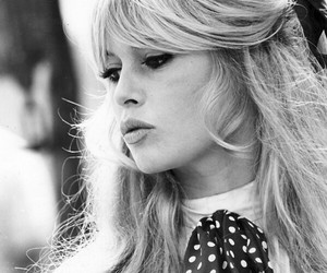 brigitte bardot, blonde, and black and white image
