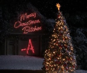 pretty little liars, marry christmas, and -a is back image