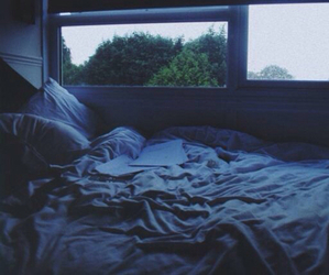 bed, grunge, and pale image