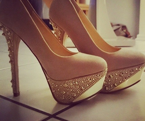 high heels, schuhe, and shoes image