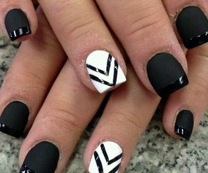 nails and black and white image