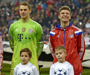 manuel neuer and thomas muller image