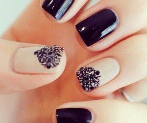 nails black image