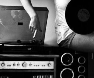 music and girl image