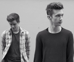 troye sivan, connor franta, and youtube image