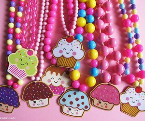 cupcake, necklace, and muffin image