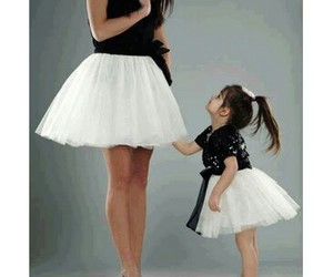 chic, mom, and cute image