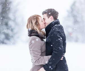 kiss, snow, and love image