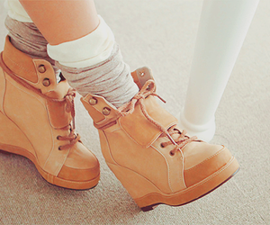 shoes, asian, and heels image