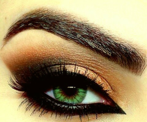 eye, eyeliner, and eyelashes image
