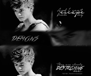 newt, thomassangster, and tmr image