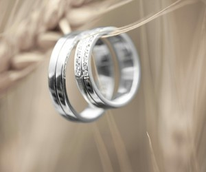 promise, rings, and romantic image