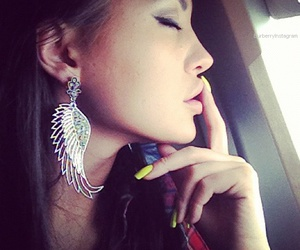 girl, earrings, and nails image