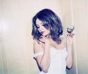 Mila Kunis and ukrainian image