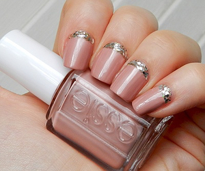 simple and nail designs image