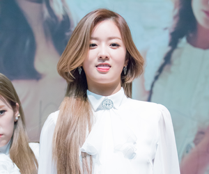apink, a pink, and bomi image