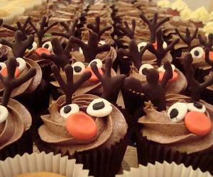 cupcakes, yummy, and reindeer rudolph image