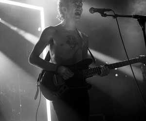 concert, the 1975, and matt healy image
