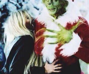 Taylor Momsen, christmas, and the grinch image