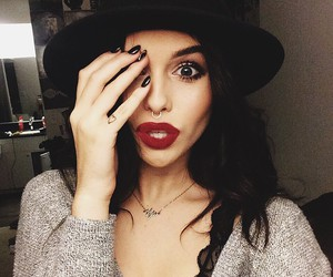 acacia brinley, beauty, and acacia image