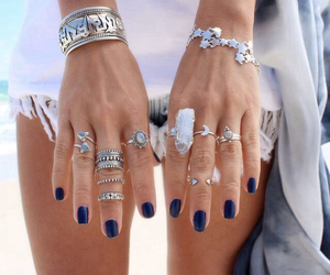hands and jewelry image