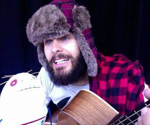 jared leto funny, jared leto livechat, and vyrt image