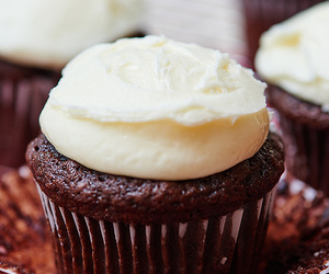 chocolate, cupcakes, and peppermint image