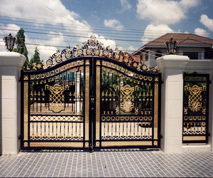 wrought iron gate, gate designs, and iron gates design image