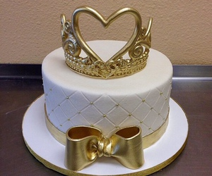cake and Queen image