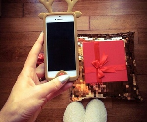 christmas, iphone, and case image