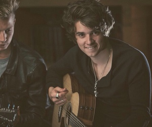 the vamps and brad image