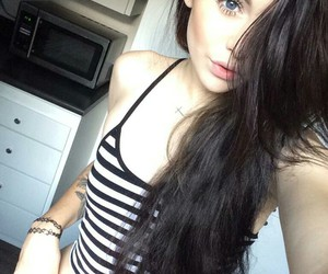 acacia clark, hair, and acacia brinley image