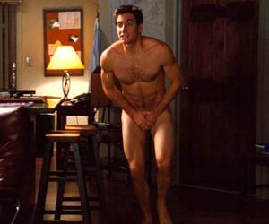 jake gyllenhaal nude image